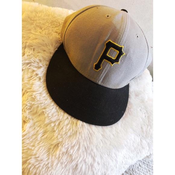 a8051ee82c994 Pirates Fit Hat. M 5acbb224a44dbedd4aab9570